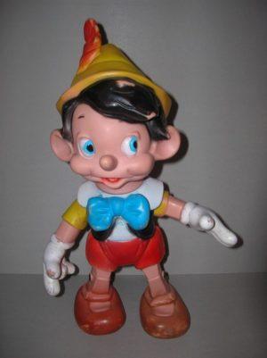Pinocchio u pagina u creature di gomma